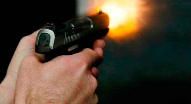 Emprego de arma de fogo